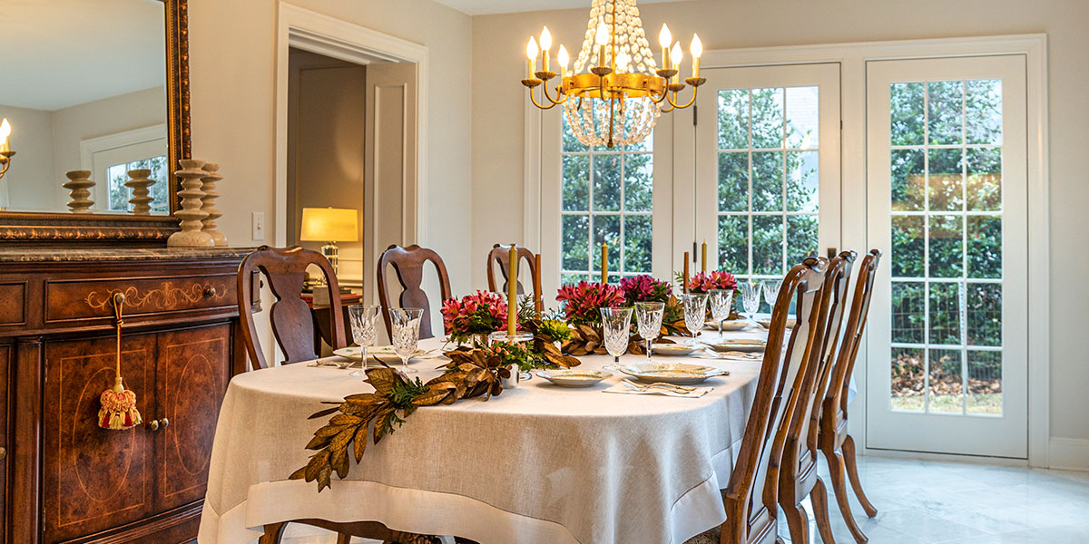 Hillside Holiday | Making Memories in a Renovated Colonial in South Roanoke